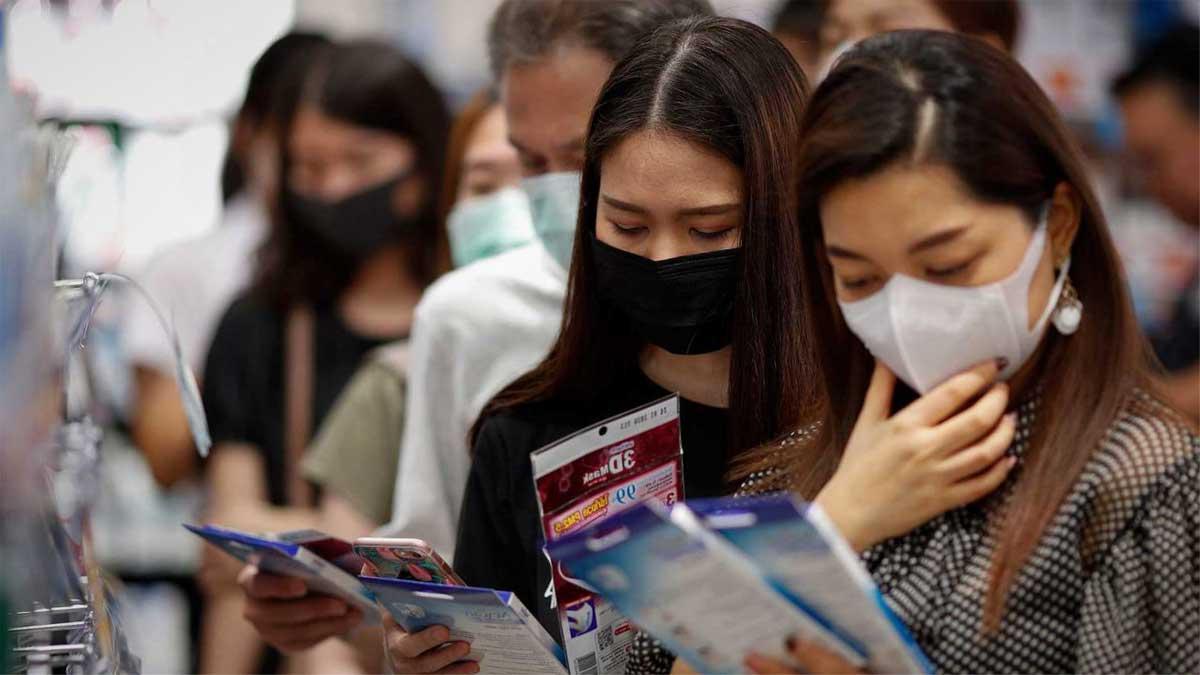 recae mujer en japón por el coronavirus